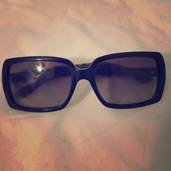 691afd90c42 Burberry Accessories - Burberry B 4075 sunglasses with check on sides